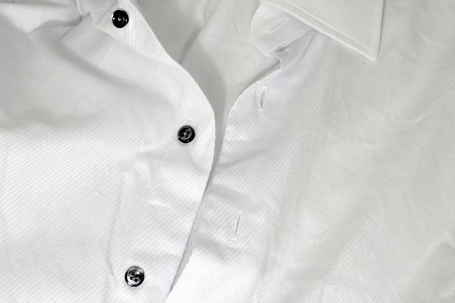 シワシワのワイシャツ
