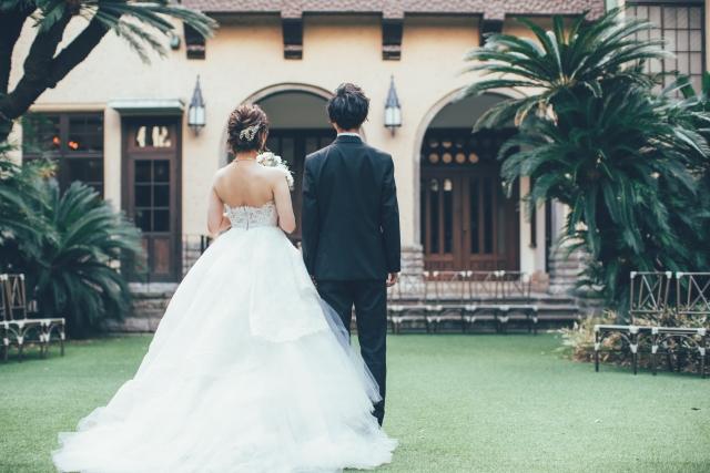 結婚式場の庭園