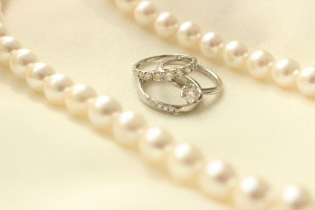 エタニティの結婚指輪と婚約指輪
