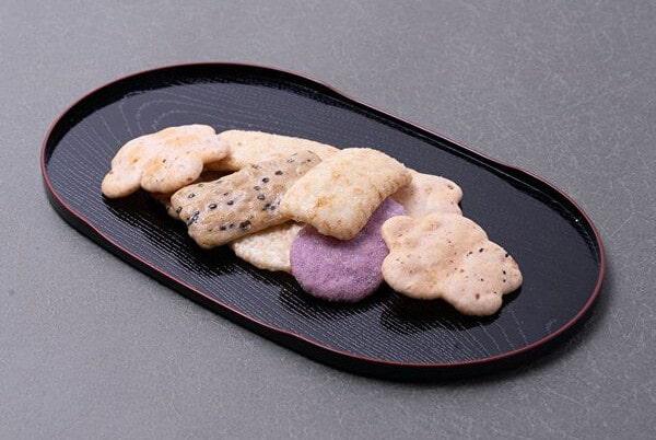 金澤兼六製菓「兼六の華」