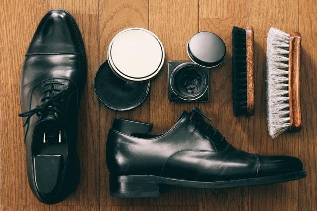 革靴のお手入れグッズ