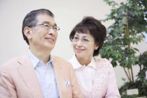 品の良いご年配の夫婦