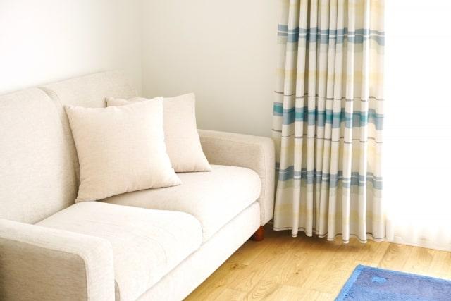 新居のソファ