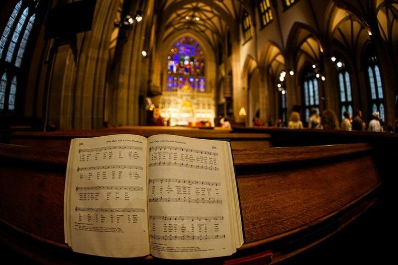 教会と楽譜