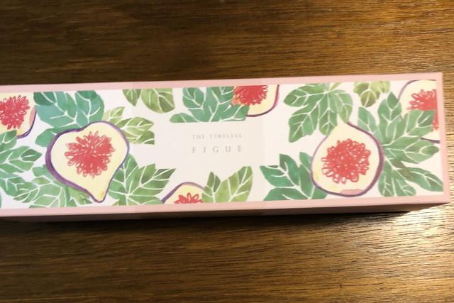 にゃんちゅうさんの貰った引き菓子箱
