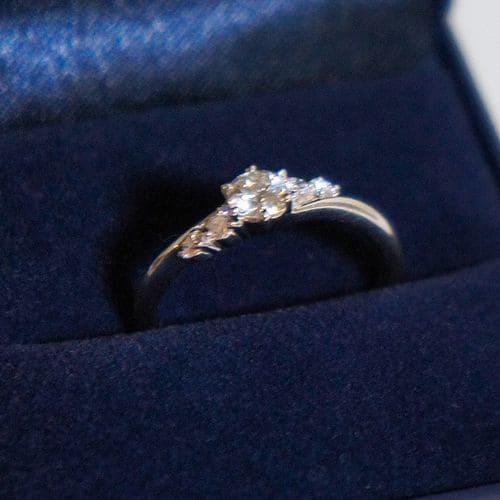 まめ大福さんの婚約指輪