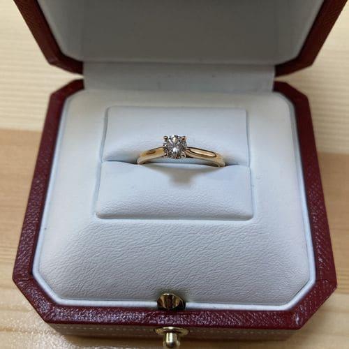 かずきさんの婚約指輪(カルティエ)