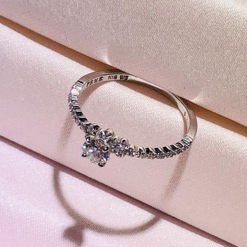 Mari-guruさんの婚約指輪