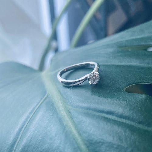 枇杷子さんの婚約指輪(4°C)