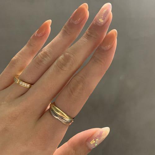 sato28さんの結婚指輪(手にはめたときの写真)